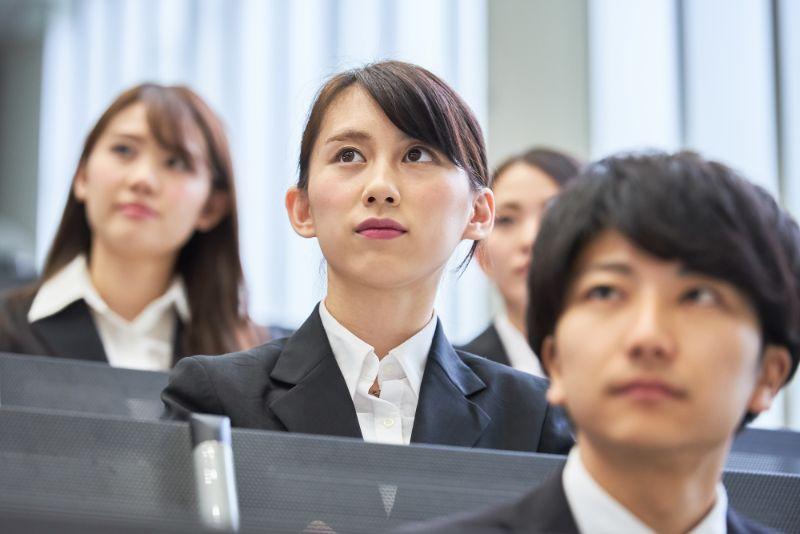 転職の面接で逆質問する際のポイント